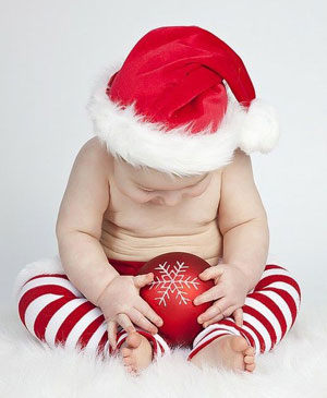 The Perfect On Trend Christmas Presents for Your Baby 2017